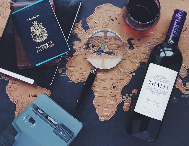 Tanie bilety lotnicze i przygotowanie hostess