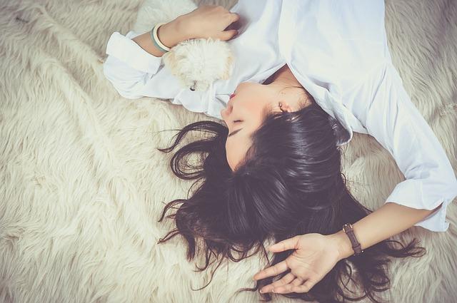 Jak wspomóc leczenie trądziku?