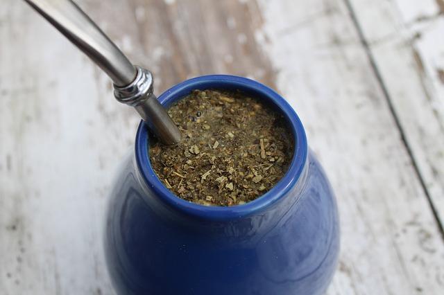 W jaki sposób pić yerba mate?